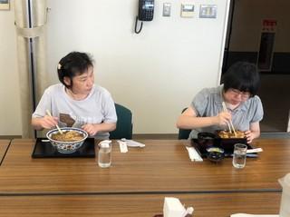 2020_3.86社会見学 岩倉農場_200806.jpg